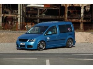 VW Caddy by motorscene.de